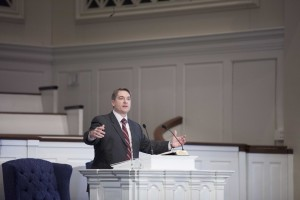 Brian Crofts, senior pastor at Auburndale Baptist Church in Louisville, Kentucky, delivers a Feb. 24 chapel message at Southern Seminary.