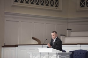 Ben Stuart, executive director of Breakaway Ministries in College Station, Texas, delivers a March 12 chapel message at Southern Seminary.