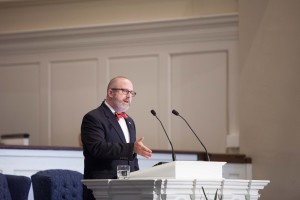 Nathan Finn, dean of the School of Theology and Missions at Union University, preaches in chapel at Southern Seminary, Sept. 15.