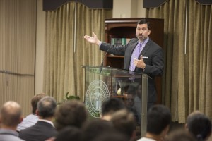 Bryan Litfin, professor of theology at Moody Bible Institute, delivers a Sept. 15 plenary address on persecution in Ancient Rome at the 9th annual conference for Southern Seminary's Andrew Fuller Center for Baptist Studies.