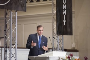 Southern Seminary President R. Albert Mohler Jr. warned against embracing cultural idolatry in a pair of messages from 1 Corinthians at the Expositors Summit.