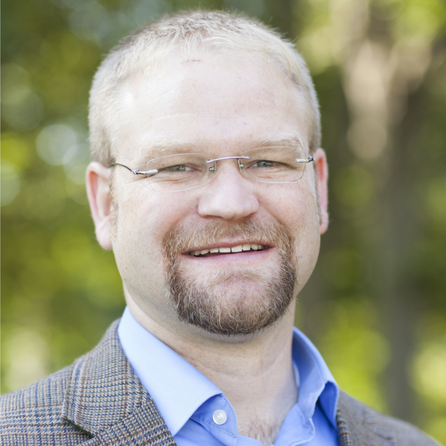 Photo of Jonathan Arnold